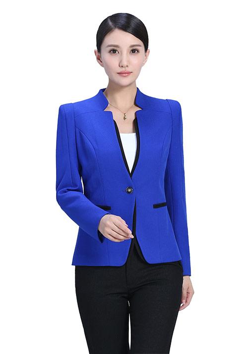 蓝色职业装