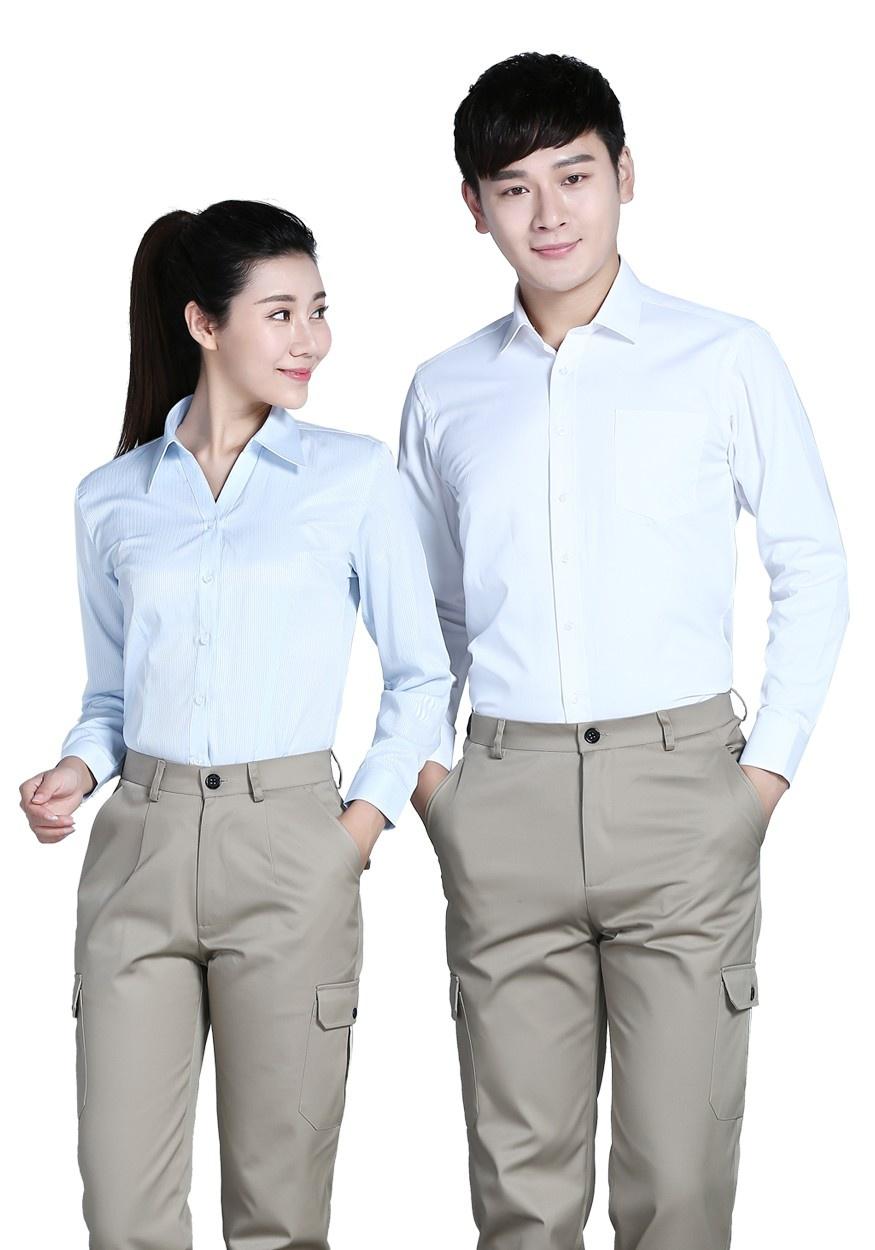 浅蓝女浅蓝色条纹60棉80双织长袖衬衫